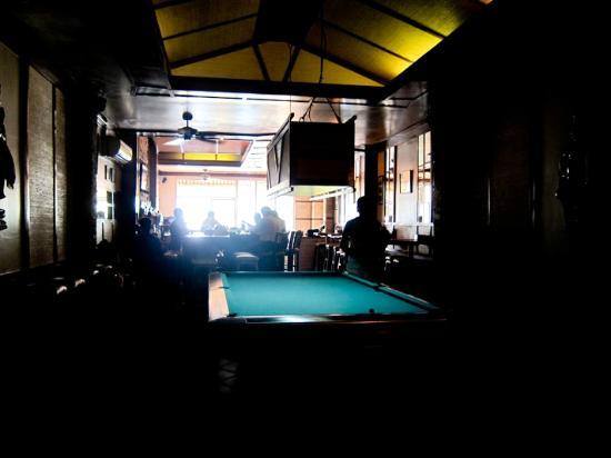 Sundance Riverside Hotel : the bar