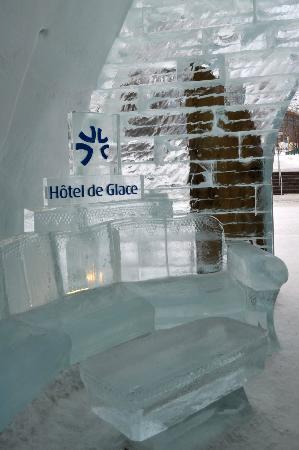 "Hotel de Glace: Entrance ""couch"""