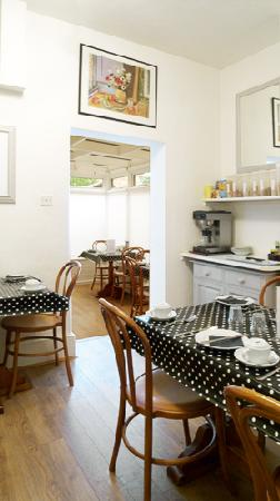 Colebrook Guest House: breakfast room