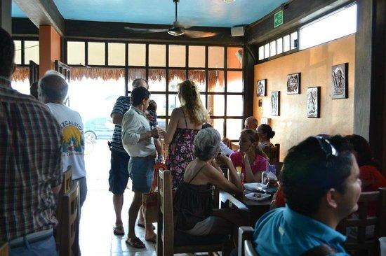 Mezcalitos Restaurant & Beach Bar Cozumel : inside