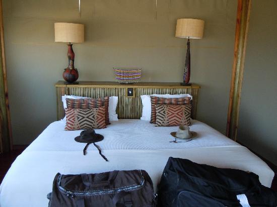 Kalahari Desert Camp: Schlafstätte innen
