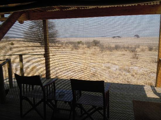Kalahari Desert Camp: Blick aus dem Zelt