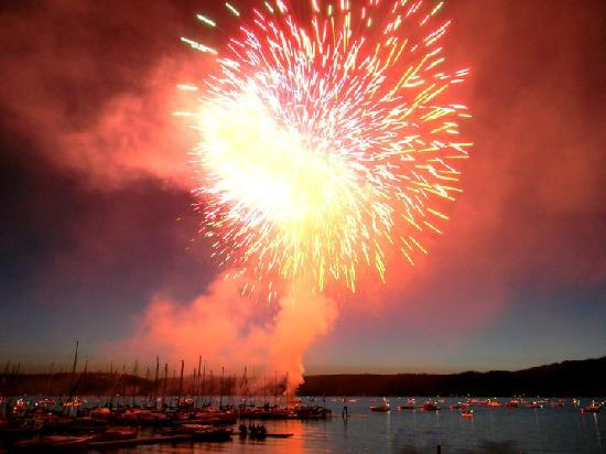 Americas Best Value Inn & Suites: McCall Fireworks July 4th