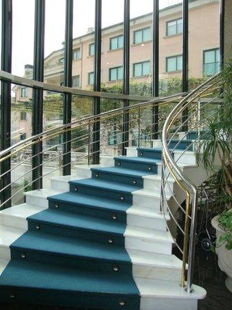 Hotel Carlos I Silgar: Escadas...