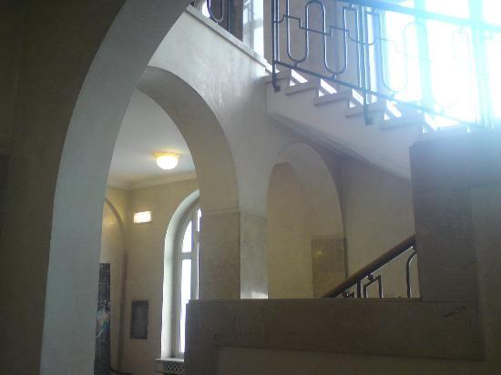 Hotel Vittoria: Stairway