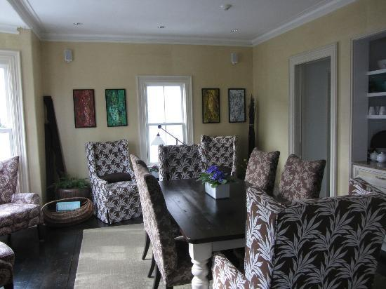 White Porch Inn: the fabulous dining room