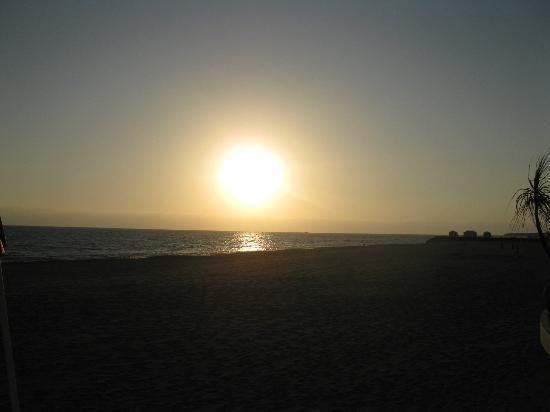 Casa Velas: Sunset at the Beach Club