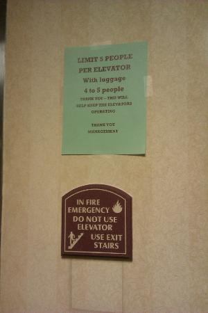 La Quinta Inn & Suites DC Metro Capitol Beltway: elevators did not meet basic safety requirements