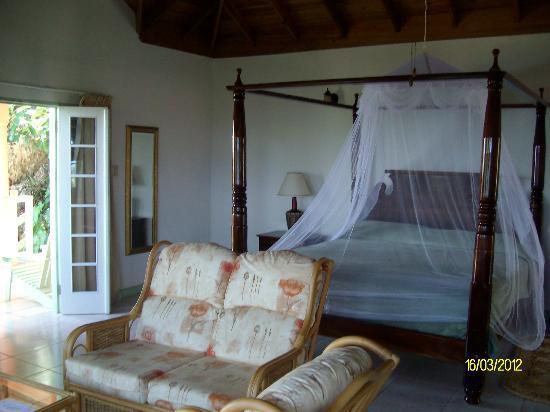 Pimento Lodge Resort: bedroom