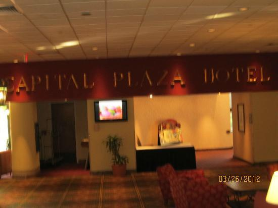 Capital Plaza Hotel: great place to eat