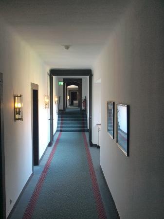 Relexa Schlosshotel Cecilienhof: Flur
