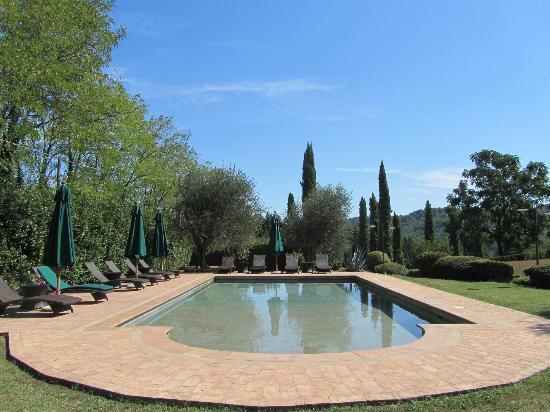 Santa Maria a Poneta: Pool area