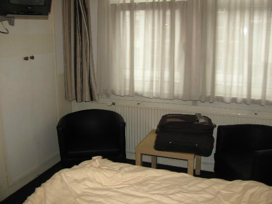 Hotel Abba: Room