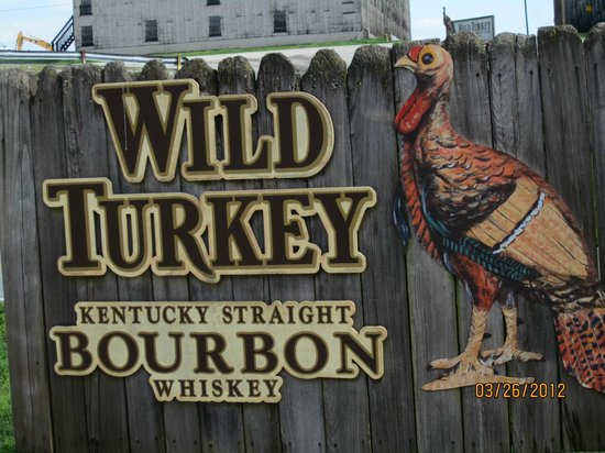 ‪Wild Turkey Distillery‬