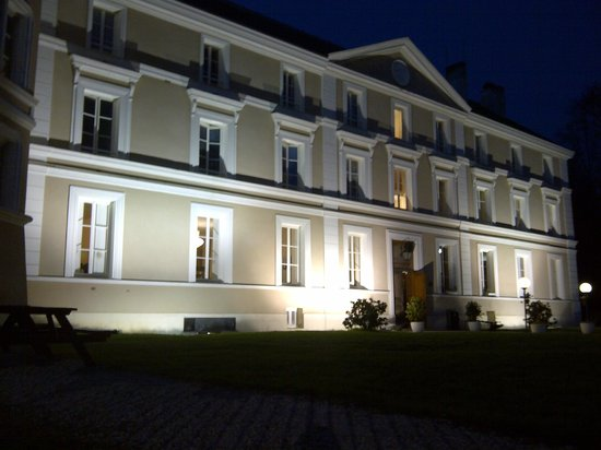 Lesigny, France : Main Building