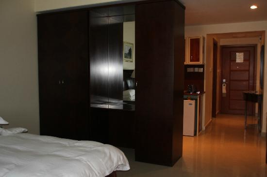 Clifton International Hotel: studio room