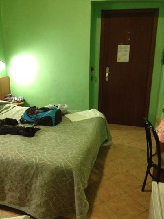Hotel Ferrarese: our room