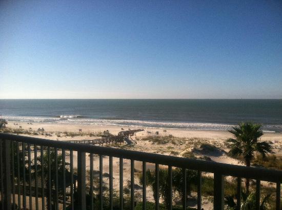 The Beach Club Resort & Spa: Beautiful waters