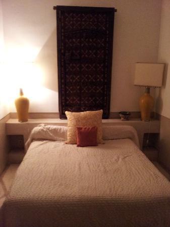 Riad Miski: Room Curcuma
