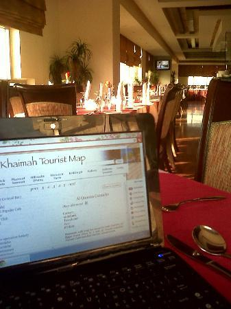 City Hotel: hotel restaurant