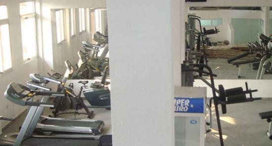 Vivi Palace Hotel : salle de fitness
