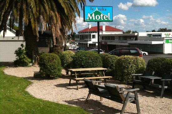 Te Aroha Motel: Our garden