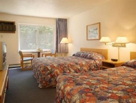 Aspen Inn: Double queen room