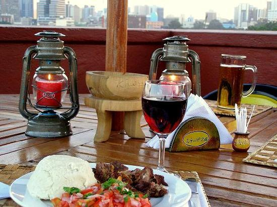 Khweza Bed & Breakfast: Roof Top Restaurant