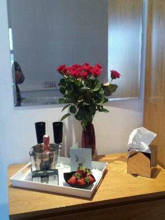 The Carlton Apartments: romance package