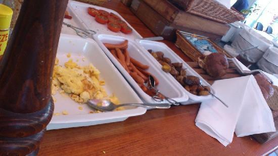 Sinatur Hotel Frederiksdal: Breakfast
