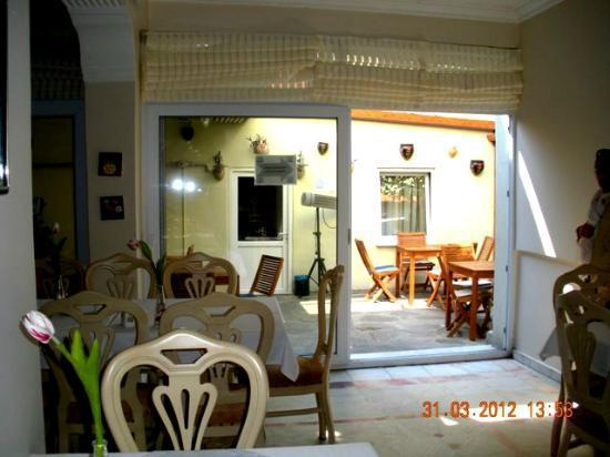 Diva's Hotel: Vue depuis la salle à manger