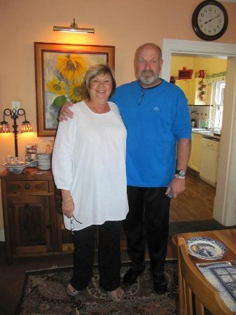 Cheriton Guest House B&B: Denise and Dirk