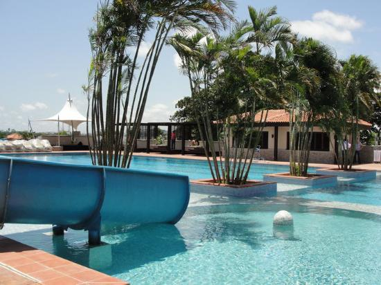 The Federal Palace Hotel : The lovely Pool