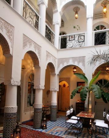 Riad Dollar des Sables -Courtyard