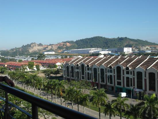 Amansari Residence Resort: view from corridor