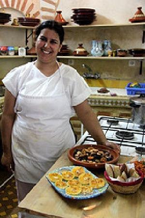 Riad Dollar Des Sables: our cooking class at the Riad with Mouna our cook