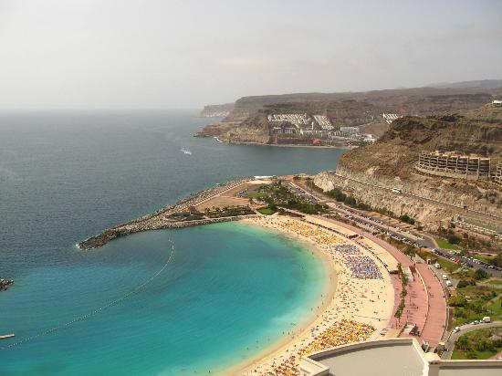 Playa de Amadores: Amadores beach view