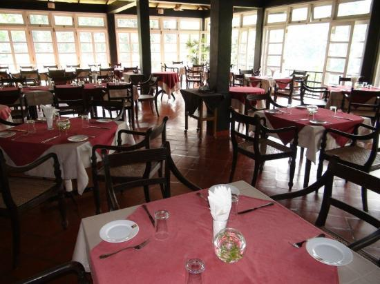 Dining area - Kithulgala Rest House - Mar, 2012