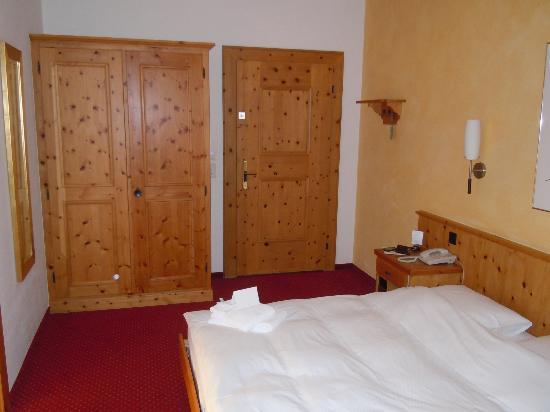 Sporthotel Pontresina: Room 215