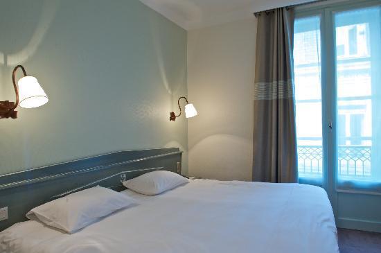 Hotel Roncevaux: CHAMBRE GRAND CONFORT DOUBLE