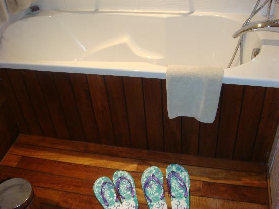 3.14 Hotel: Baño
