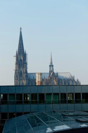 ‪‪Dorint Hotel am Heumarkt Koln‬: View from room‬