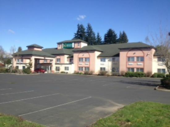 Best Western Woodland Inn