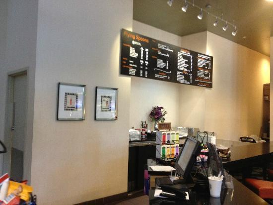 Embassy Suites by Hilton Raleigh - Durham Airport/Brier Creek: Coffee/Snack Bar