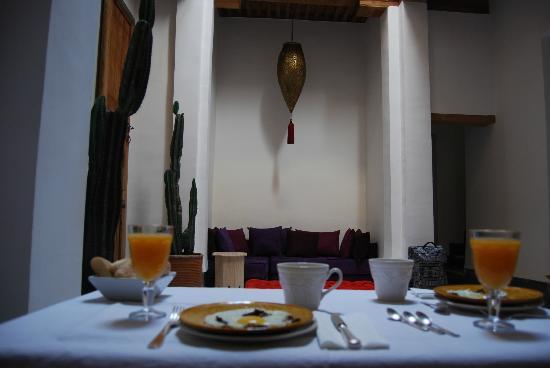 La Maison Maure: Desayuno excepcional.