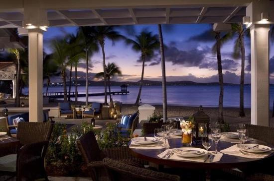 Jumby Bay, A Rosewood Resort: Veranda Restaurant