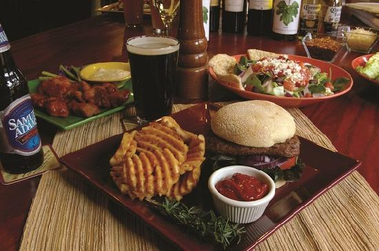 Smoky Mountain Pizzeria Grill: Burgers, Pasta, Sandwiches and more!