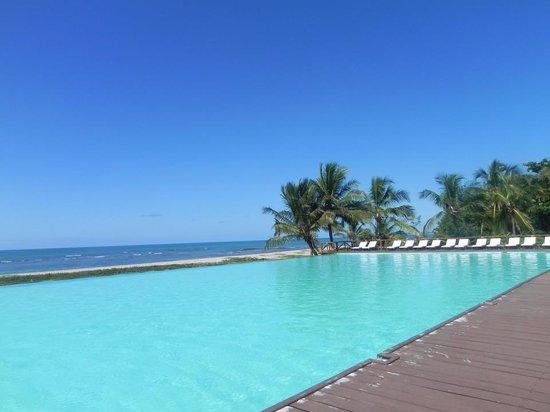 Tivoli Ecoresort Praia do Forte: Piscine restaurant Goa