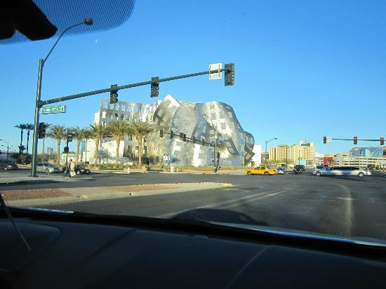 "Las Vegas Premium Outlets - South: ""Melting Building"" by north outlet mall"