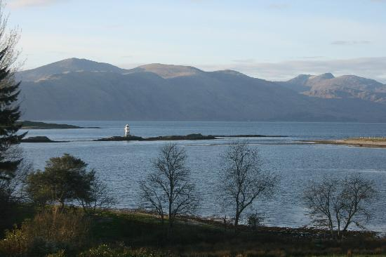 Airds Hotel & Restaurant: View from loch-facing room (Room 1)